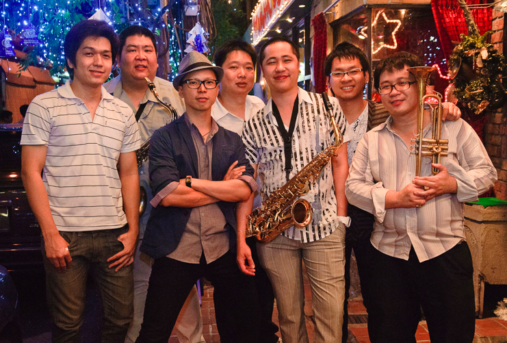Brass Wave at Saxophone Pub (ad 1)